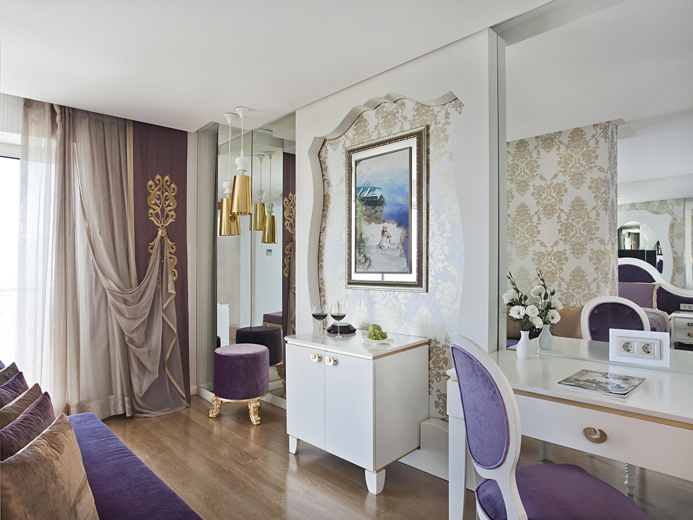 Junior Suite Sea View Room / 1 Double Bed