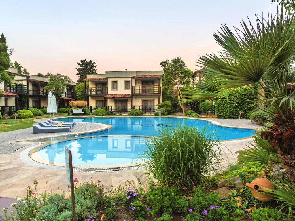 Faros Bodrum Pool
