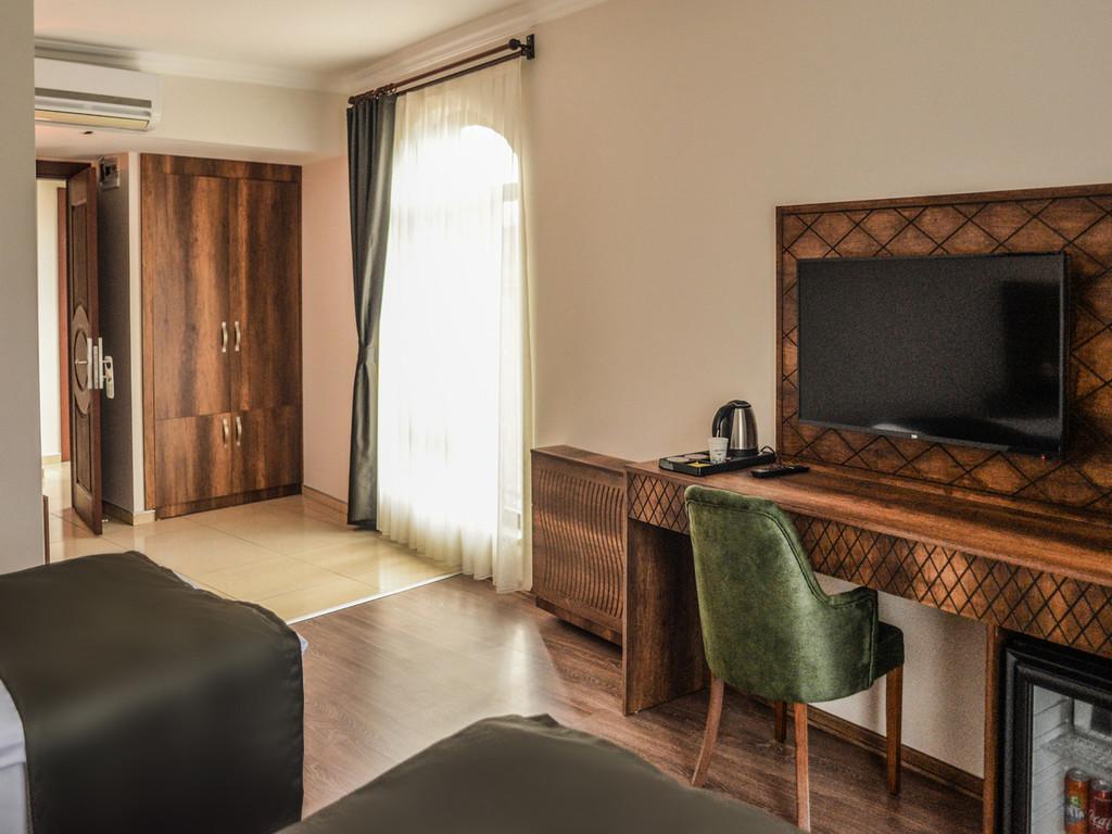 İki Yataklı Oda 2